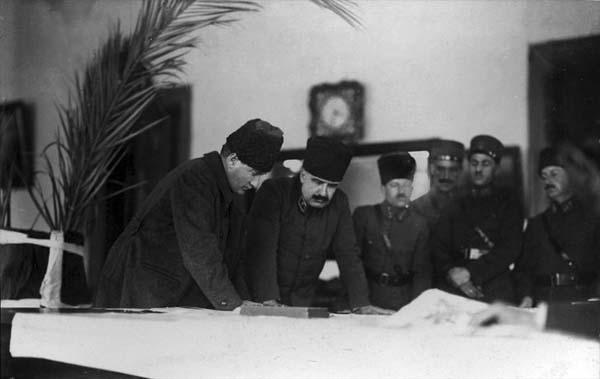 Atatürk-az-bilinen-fotoğraf25