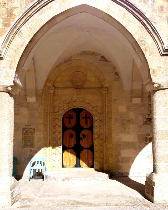 mardin-kilise-kapısı