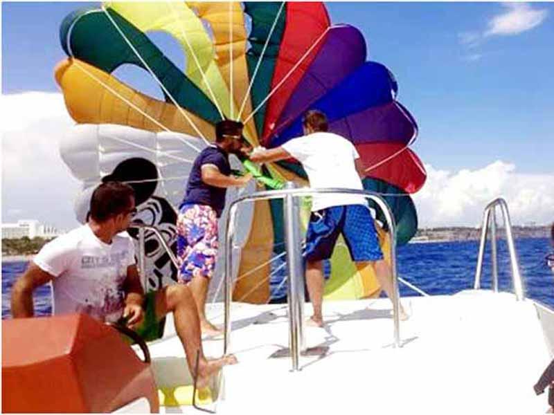 antalya-parasailing-kapak turkey hotels mediterranean