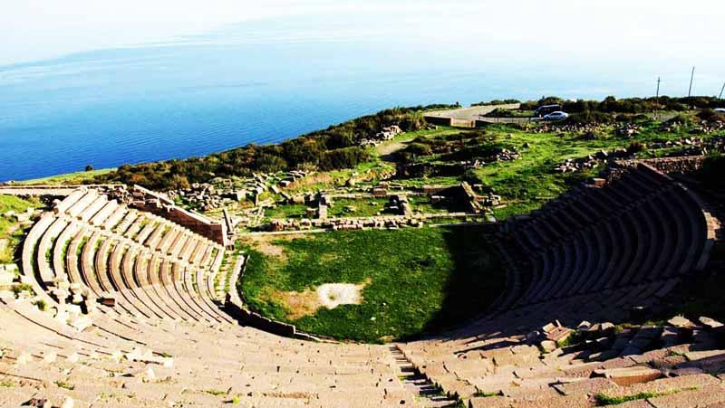 asos-amfi-tiyatro-çanakkale