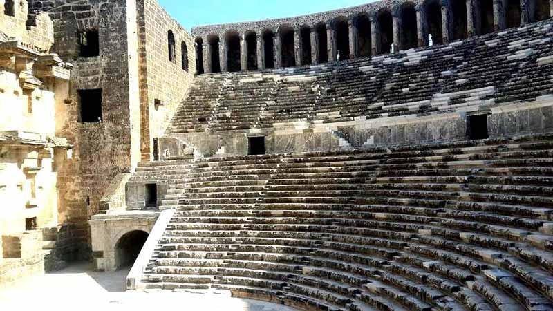 aspendos-antik-tiyatro