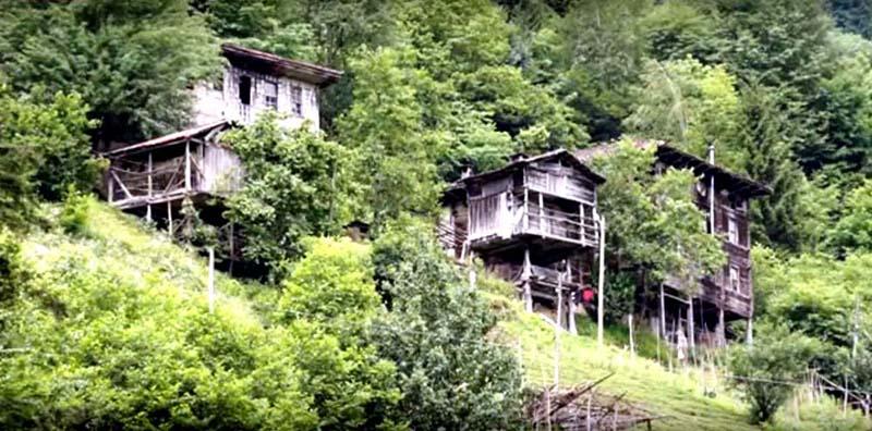 Fırtına vadisi köy evleri ve pansiyonları