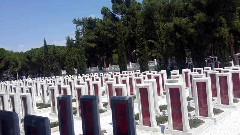 şehitlik-mezarları-çanakkal