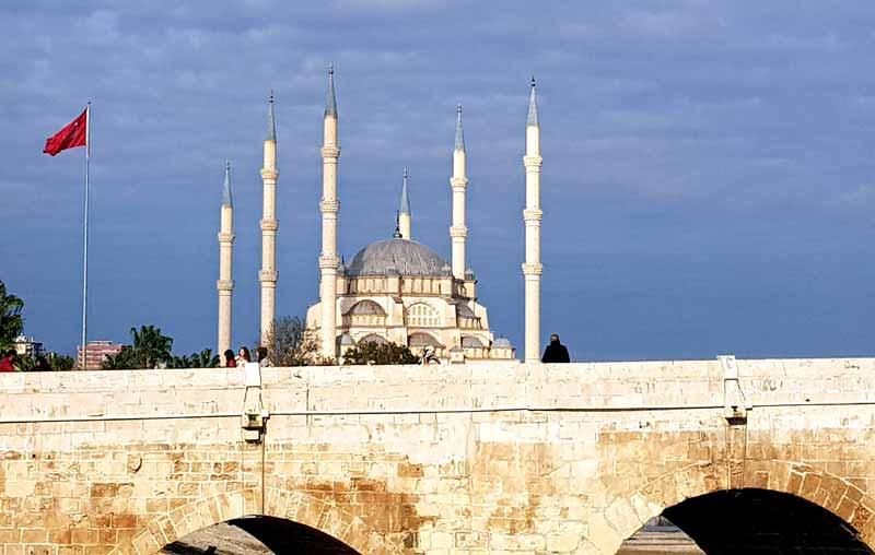 adana-taş-köprü-ve-cami