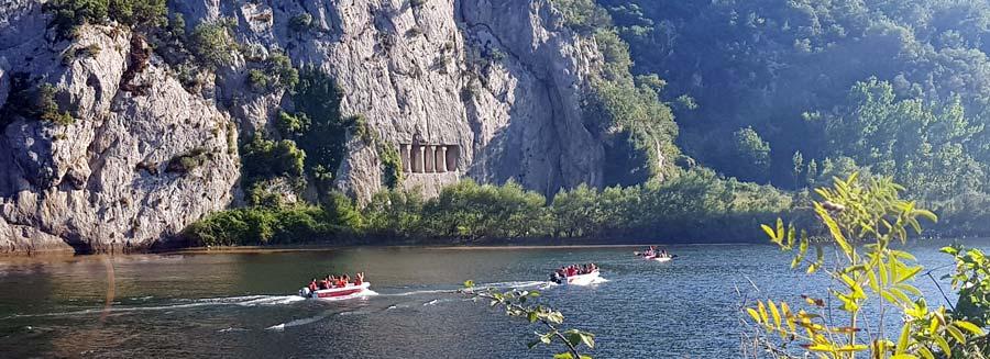 asarkale kral kaya mezarları bafra gezilecek yerler