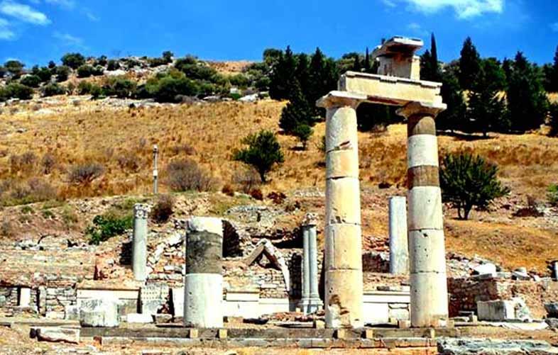 domitia-tapınağı-efes