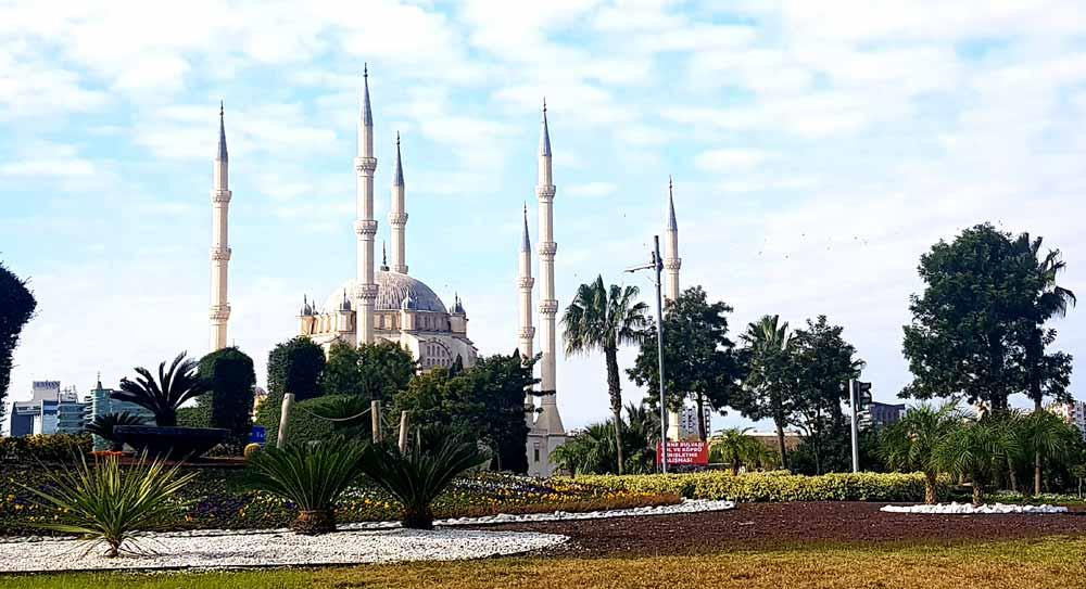 adana-sabancı-camii Adana gezilecek yerler