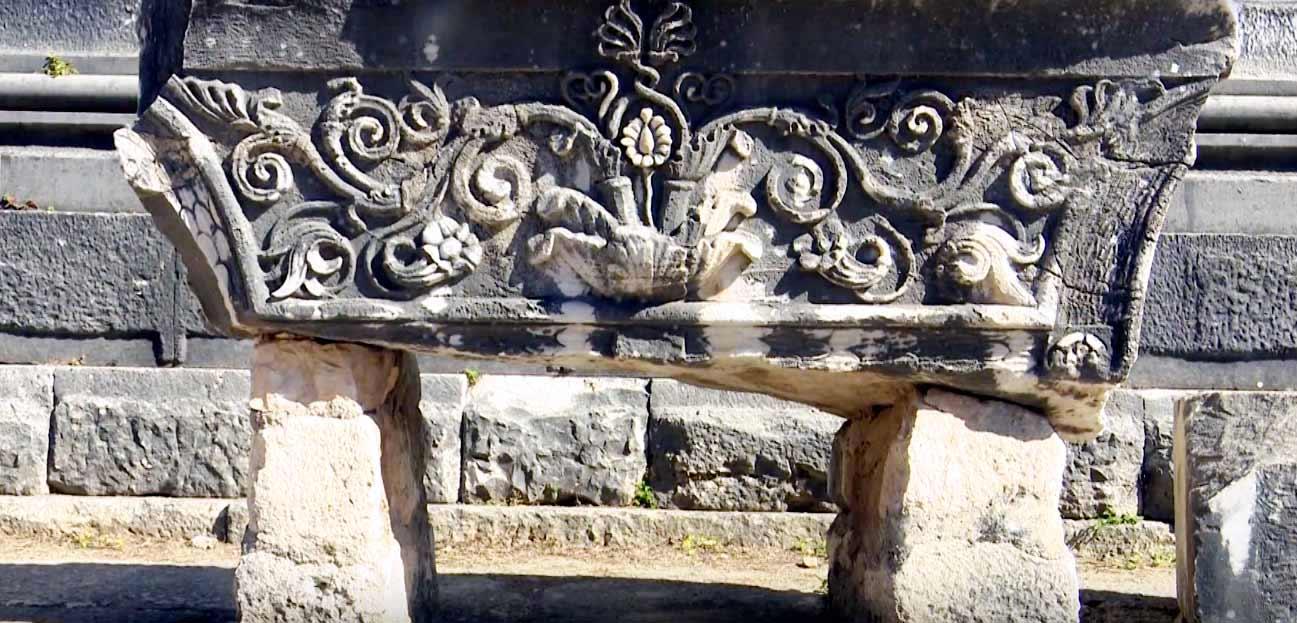 apollon-tapınağı-kalıntılar