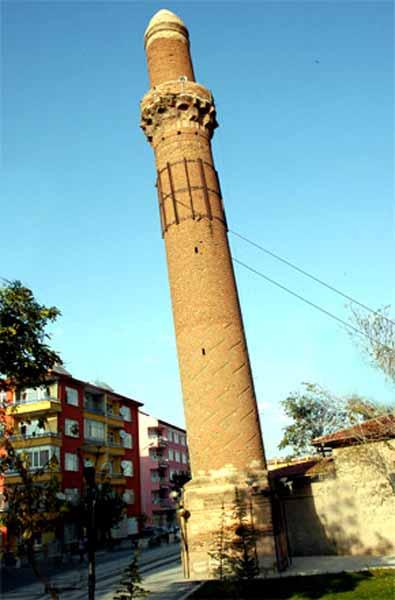 eğri-minare-aksaray