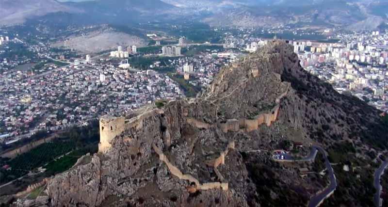 Kozan Kalesi Adana gezilecek yerler