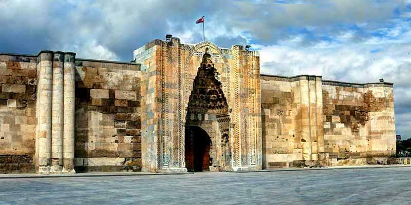 sultanhan-aksaray-kapadokya