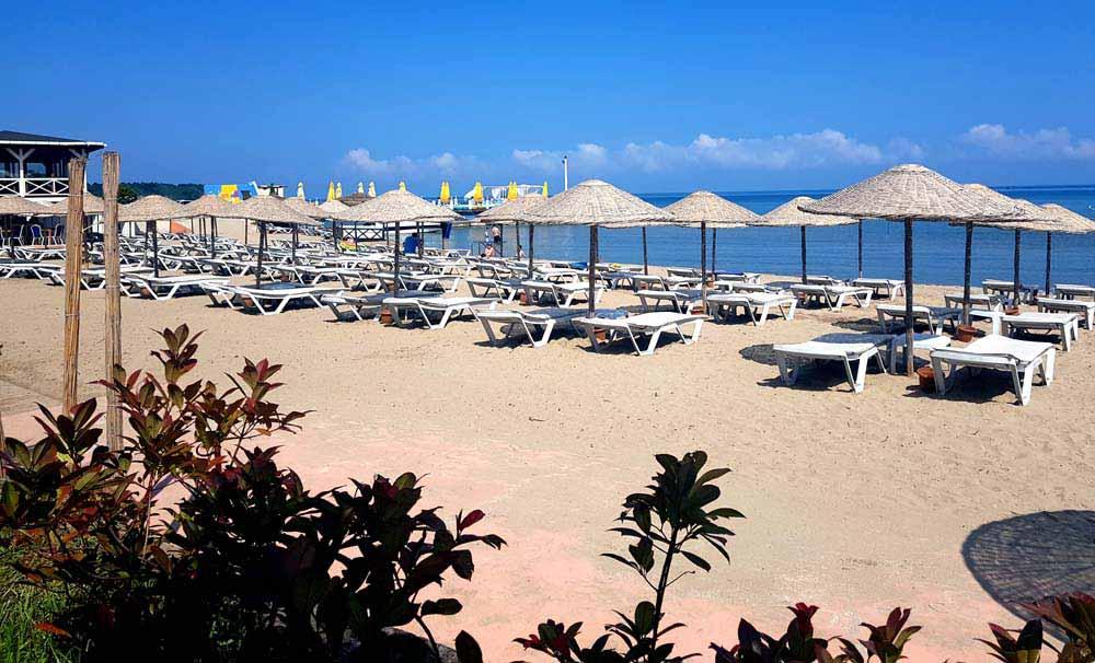 kerpe gaia beach hotel