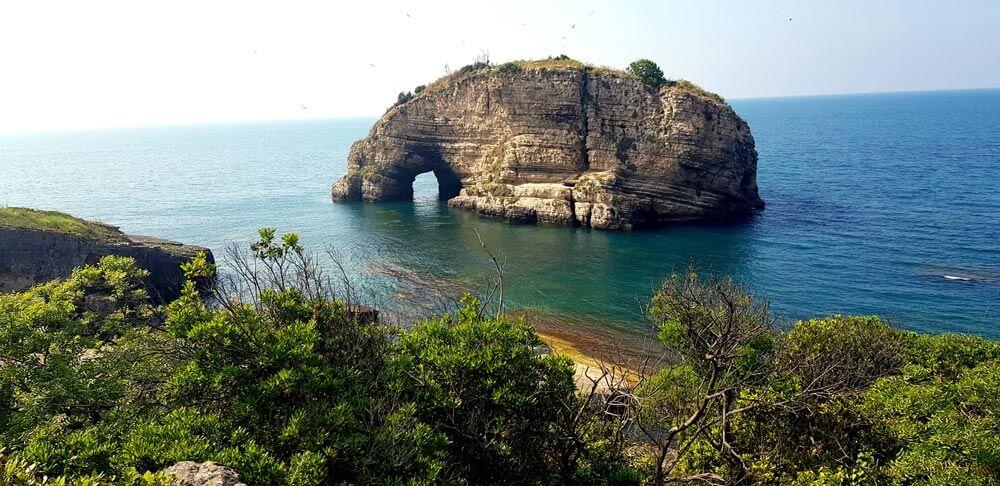 Sardala koyu adaları