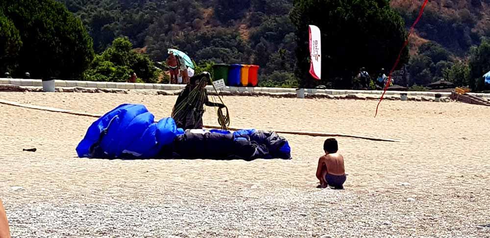 Belcekız plajı yamaç paraşütütü