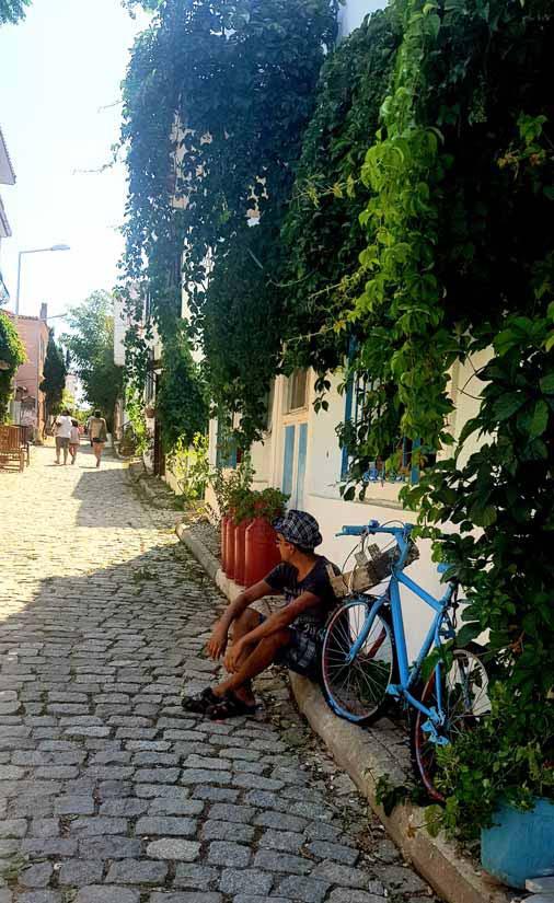 bozcaada sokakları gezisi