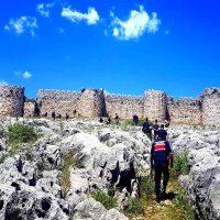 Adana Anavarza antik kenti, kalesi efsanesi ve gezisi