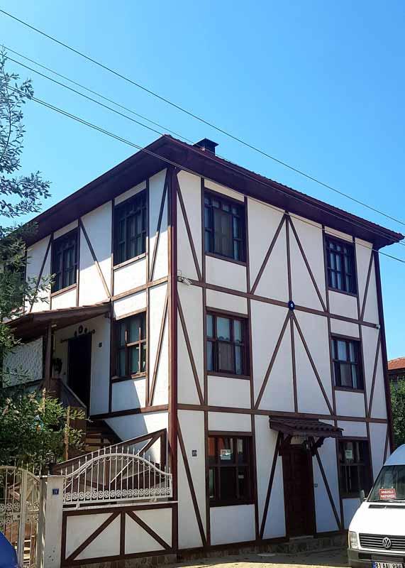 Akçakoca yukarı mahalle evleri