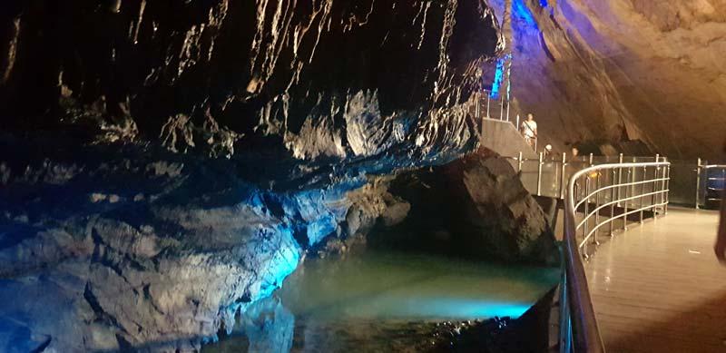 gökgöl mağara içindeki dere